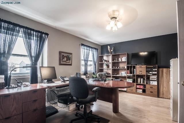 petite annonce mont r gie chambly immobilier vente achat location maisons jumel s joli. Black Bedroom Furniture Sets. Home Design Ideas